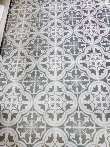 Traditional bathoom floor tiles Carlow